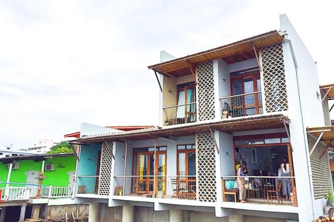 ที่พักเกาะสีชัง บ้านอยู่ดีมีความสุข เกาะสีชัง